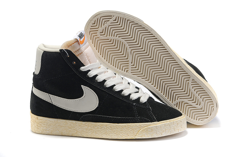 chaussures nike montante