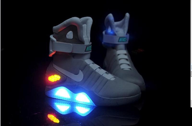 chaussures de séparation 293c4 60d78 nouvelle nike lumineuse